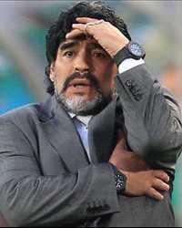 دييجو مارادونا يدرس القيام بتغييرات 100509_news.jpg