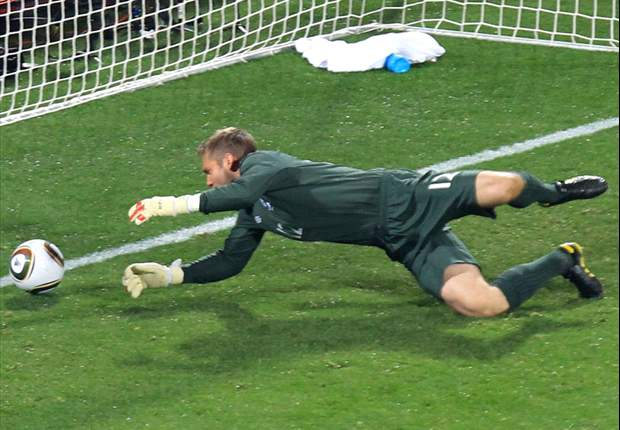 Goal.com Poll: Should Fabio Capello drop Robert Green?