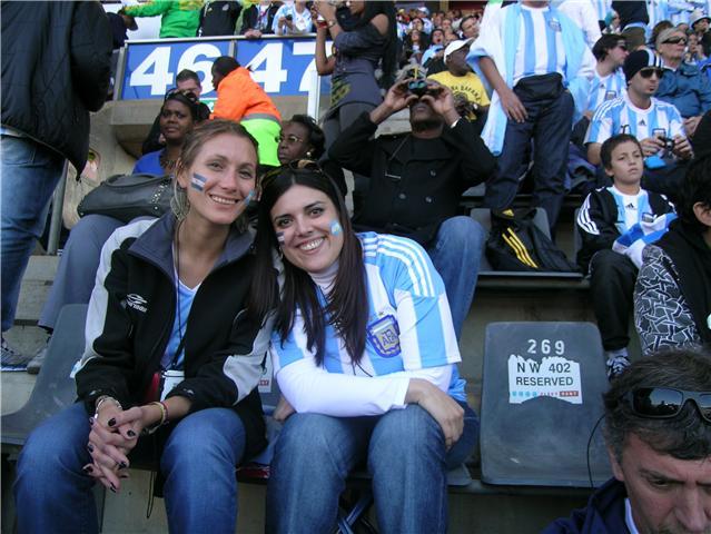 نواعم المونديال: القبعات الأرجنتينية الإنجليزية، والجميلة المكسيكية