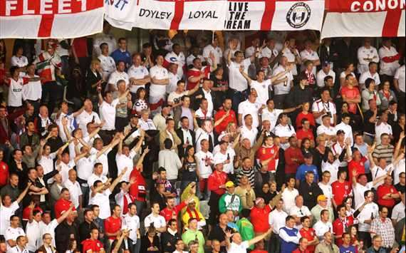 2010 FIFA World Cup,England Fans Show Their Support,England v Algeria(Getty Images)