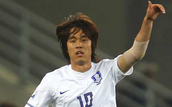 Park Chu-Young's priority is Liverpool but has offers from Paris Saint-Germain and Lille