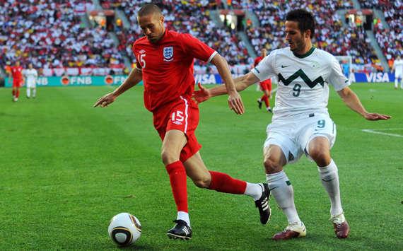إنجلترا تخطف فوزاً صعباً من 102072hp2.jpg