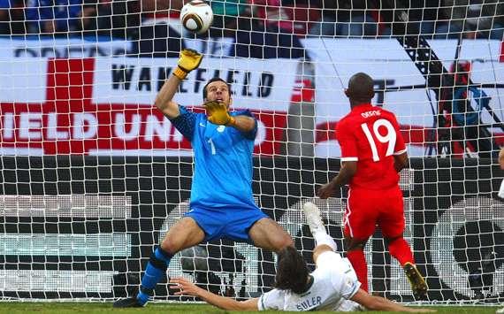 إنجلترا تخطف فوزاً صعباً من 102083hp2.jpg