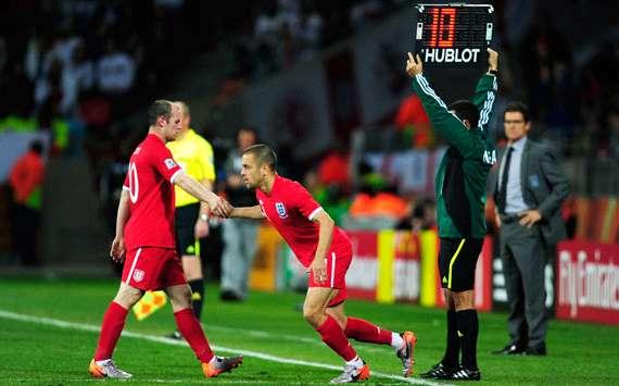 إنجلترا تخطف فوزاً صعباً من 102091hp2.jpg
