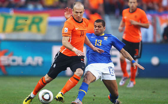 Arjen Robben - Netherlands & Dani Alves - Brazil (Getty Images)