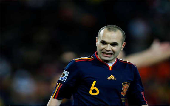 WC 2010 Final - Spain vs Netherlands - Andres Iniesta (Panoramic)