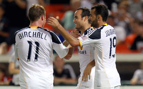 Landon Donovan, Chris Birchall, Juninho, Los Angeles Galaxy, MLS (Getty Images)