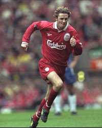 FA Carling Premiership,Steve McManaman of  Liverpool(Getty Images)