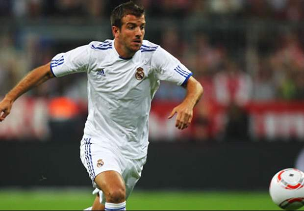 Manchester United target Rafael van der Vaart insists he will stay at Real Madrid despite Mesut Oezil arrival