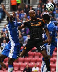 Nicolas Anelka ,Wigan Athletic vs Chelsea,EPL (Getty Images)
