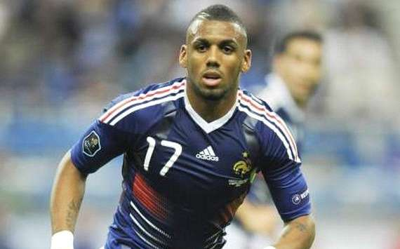 M'Vila: Mi futuro se decidir tras la Eurocopa 2012