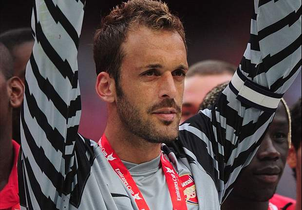 Almunia: I thought I was going to win a lot of trophies with Arsenal