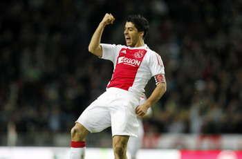 Ajax Minta Tawaran Tinggi