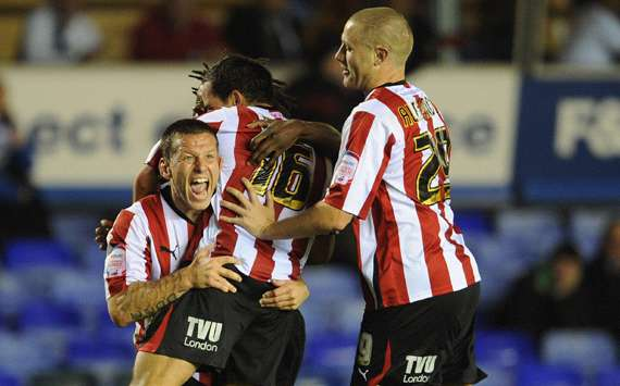 Carling Cup : Sam Wood,  Birmingham City and Brentford (Getty Images)