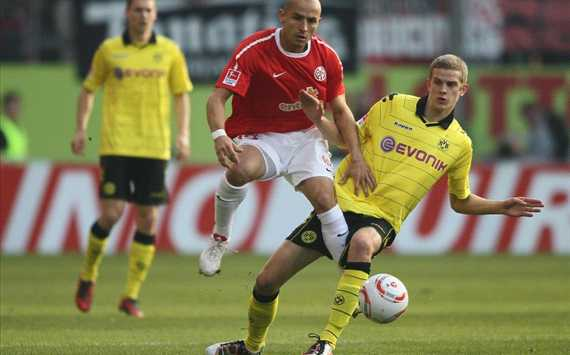 German Bundesliga: FSV Mainz 05 - Borussia Dortmund, Elkin Soto, Sven Bender (Getty)
