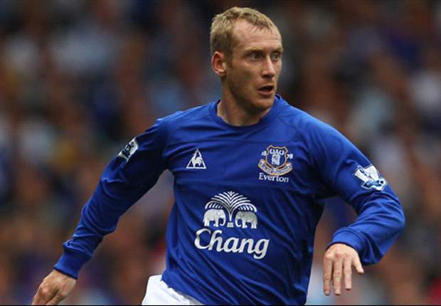 Everton captain Neville pays tribute to Hibbert's loyalty
