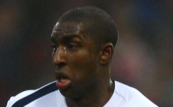 Former Bolton defender Jlloyd Samuel signs new one-year deal with Esteghlal
