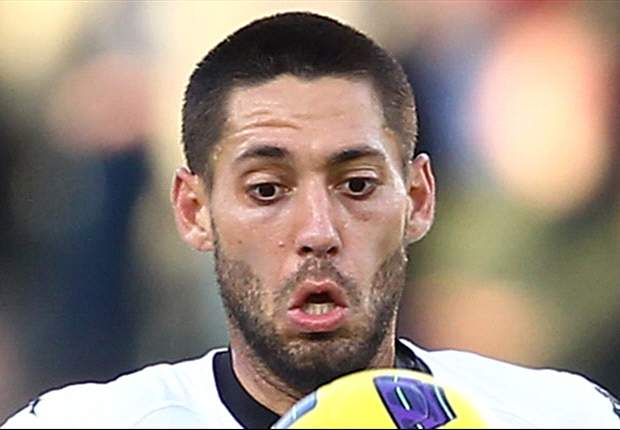 Fulham's Clint Dempsey: The whole squad is behind Mark Hughes