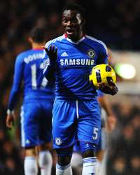 EPL : Michael Essien , Chelsea vs Fulham (Getty Images)