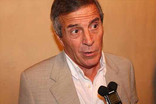 Uruguay coach Tabarez excited to play at Wembley and Old Trafford