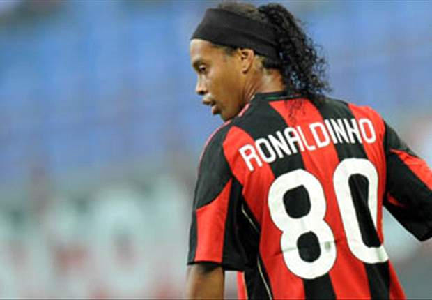 Gremio Ask For Discount As Robinho Asks Ronaldinho To Stay At Milan