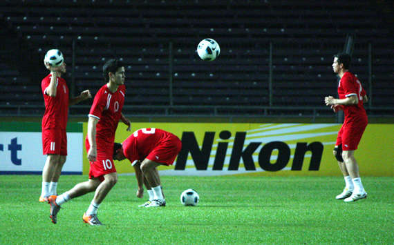 AFC Challenge Cup Golden Shoe winner Phil Younghusband proud to be the Goal.com Readers' Asian Player of the Month