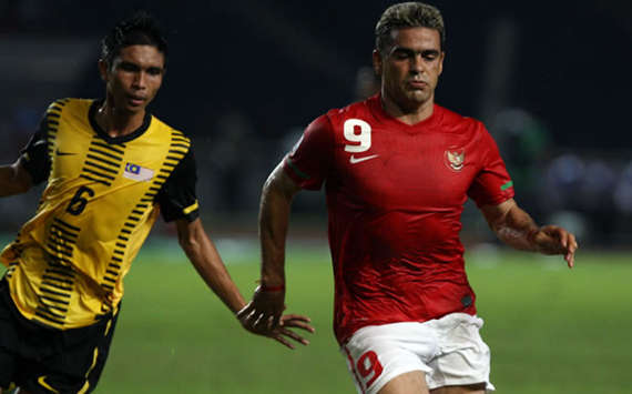 Mohd Nasriq - Malaysia &amp; Cristian Gonzales - Indonesia (WSG/affsuzukicup.com)