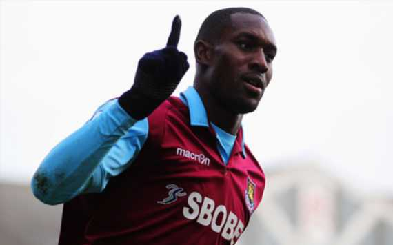 Carlton Cole relishing Carroll competition at West Ham
