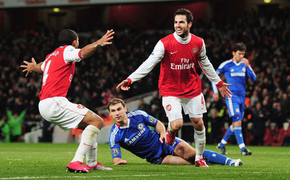 EPL - Arsenal vs Chelsea,Cesc Fabregas and Theo Walcott(Getty Images)