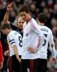 FA Cup - Manchester United vs Liverpool,Steven Gerrard, Howard Webb, Michael(Getty Images)