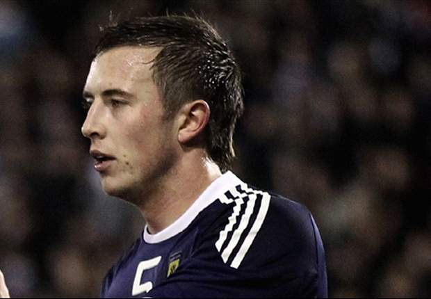 Hearts sign Danny Wilson on loan from Liverpool