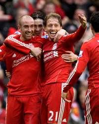 EPL : Raul Meireles - Lucas, Maxi Rodriguez - Fernando Torres, Liverpool v Everton(getty Images)