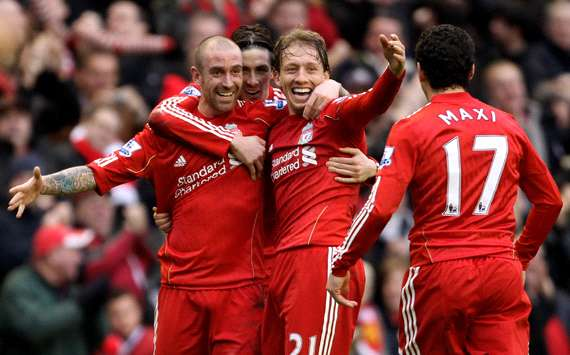 EPL : Raul Meireles - Lucas, Maxi Rodriguez - Fernando Torres, Liverpool v Everton(getty Images)
