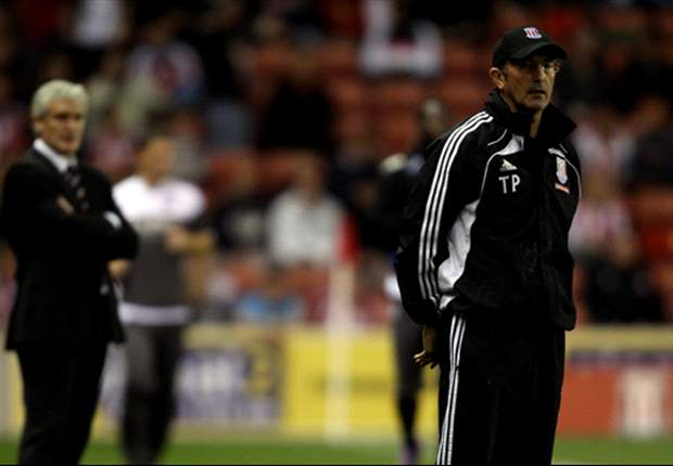 Stoke manager Pulis wants continued fan support
