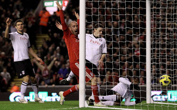 EPL,Raul Meireles,Liverpool vs Fulham(Getty Images)