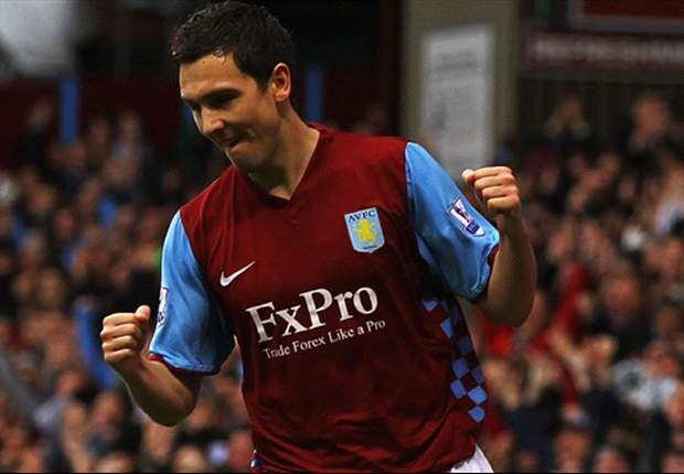 Liverpool agree fee with Aston Villa for Stewart Downing