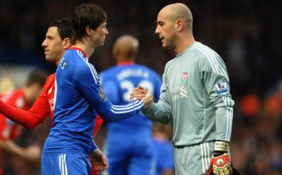 Liverpool's Pepe Reina: Luis Suarez could be even better than Fernando Torres, but we need to be careful against Chelsea