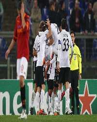 Lo Shakhtar festeggia il terzo gol contro la Roma (Getty Images)