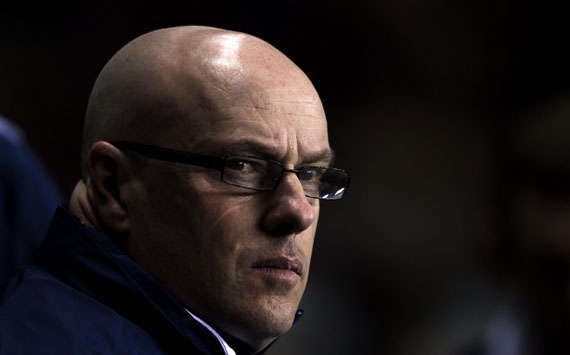 'It was kamikaze football' - McDermott laments Reading defending after Arsenal collapse