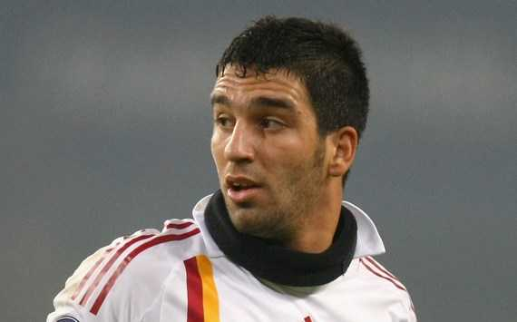 Chelsea told to offer €8m plus Didier Drogba for Galatasaray attacker Arda Turan - report