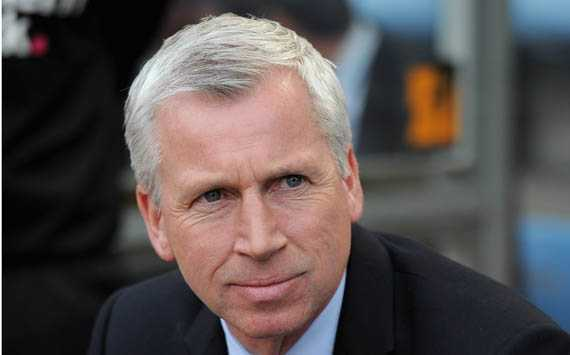 Pardew: Italy have a better mixture to their game than Spain