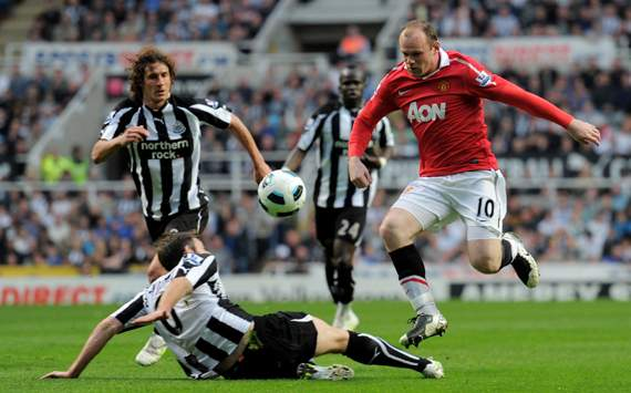 EPL, Newcastle United v Manchester United, Wayne Rooney and Michael Williamson