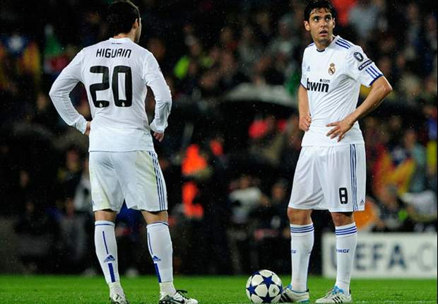 Paris Saint-Germain reportedly in talks with Kaka and Higuain