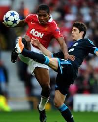 UEFA Champions League Semi  : Sergio Escudero - Antonio Valencia, Manchester United v Schalke 04