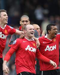 EPL: Michael Carrick - Wayne Rooney - Chris Smalling and Nani , Blackburn Rovers v Manchester United