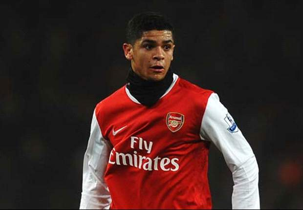 Denilson to return to Arsenal after loan spell