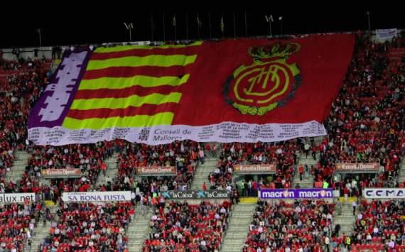 Los aficionados del Mallorca en el Iberostar Estadio de Palma (Goal.com)