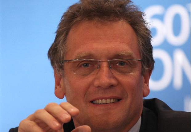 Fifa's Jerome Valcke defends Brazil FA chief Ricardo Teixeira from corruption allegations