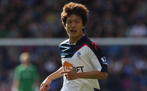 Bolton's South Korean winger Lee Chung-Yong close to return to full training