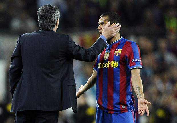 Mourinho's apology for attack on Tito Vilanova is late - Alves